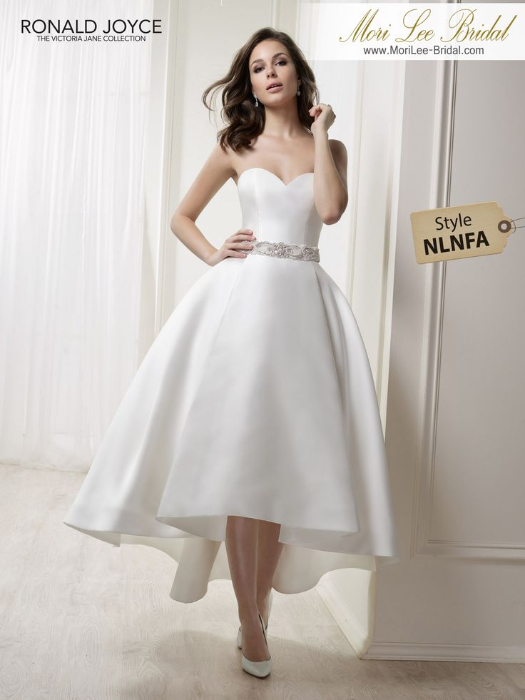 Style NLNFA LEAHA STRAPLESS MIKADO HI/LOW GOWN WITH BEADED BELT DETAIL. PICTURED IN IVORY.COLOURSWHITE, IVORY