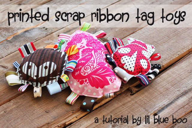 printed tag toys: Bigger Toys, Handmade Baby, Gifts Ideas, Baby Gifts, Toys Sewing, Tags Toys, Baby Toys, Ribbons Toys, Kids Toys