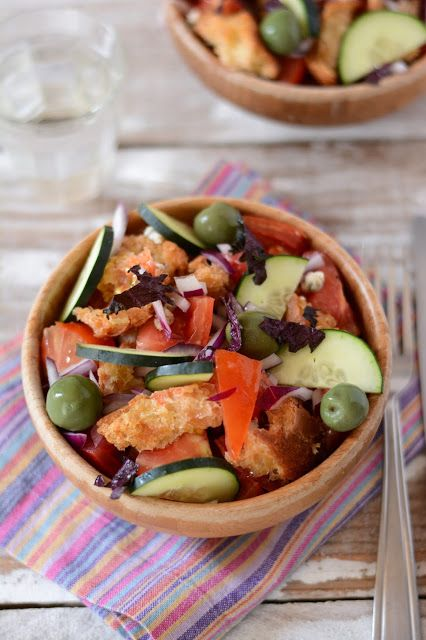 Une délicieuse salade italienne, la panzanella