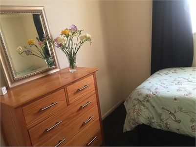 Single bedroom for rent - Sawston, Cambridgeshire. I have a single room available to rent out in our family home, I am looking for a female to rent the room, we have a cat,