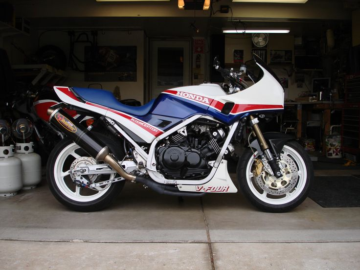 vfr750f - Where all started, 1988, Newcastle industrial drag strip, Sunday evenings.