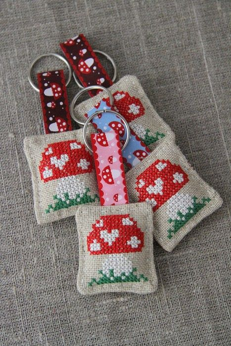 Cross-stitched toadstool, mushroom, linen key ring, keychain , small gift - by Plushka on madeit