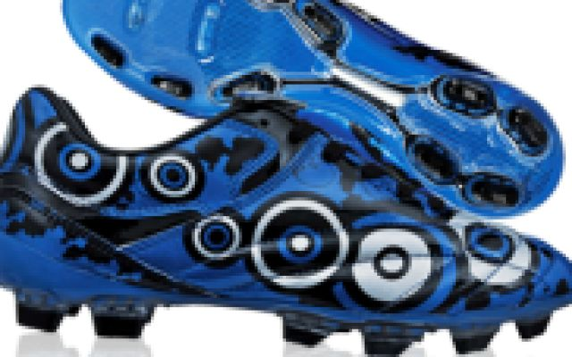 Buy football shoes online in india at lowest price studs shoes, buy football shoes online, shin guards, jerseys, footballs, kit bags & football equipment at reasonable price in India at Damroobox. Get COD & Free Shipping orders above Rs.1000/-.Emi op #buyfootballshoesonline