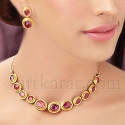 Ruby in kundan setting