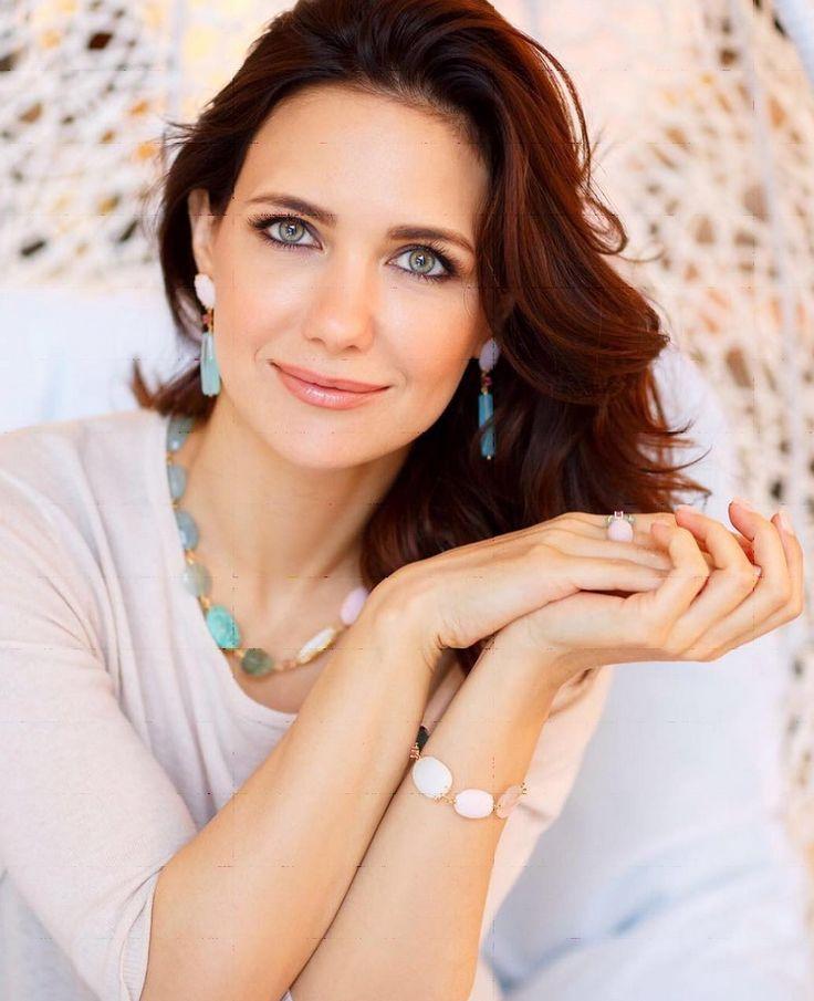 Все русские актрисы фото женщины рот видео любительское