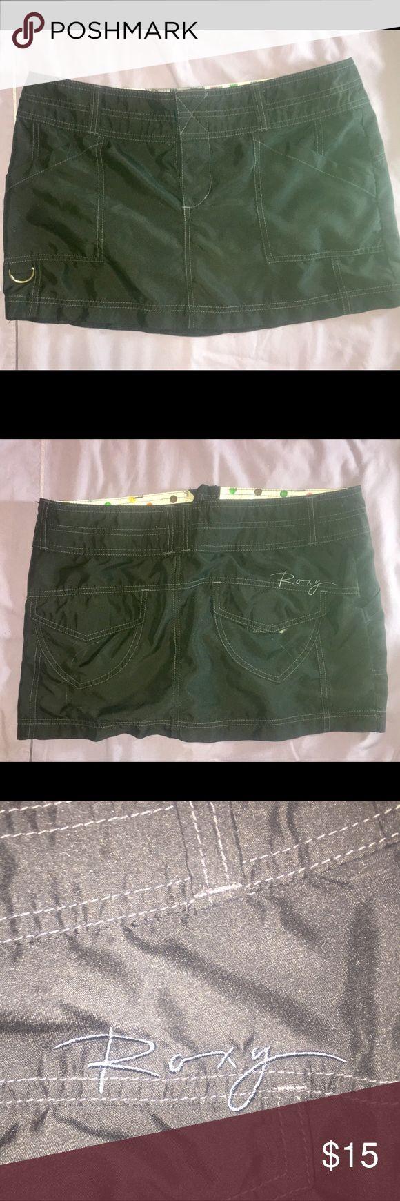 Roxy Black Mini Skirt Sexy shirt party skirt. So comfortable can wear all night! Size 7 Roxy Skirts Mini