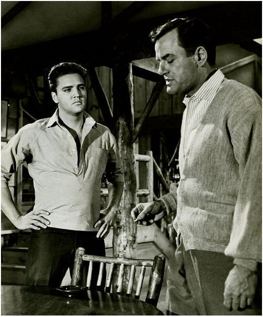 """Elvis Presley & Gig Young in """"Kid Galahad"""" 