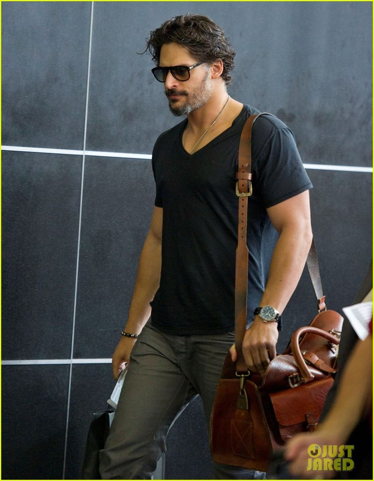 Joe Manganiello is classic and casual as he makes his way through JFK Airport on Thursday (August 2, 2012) in New York City.