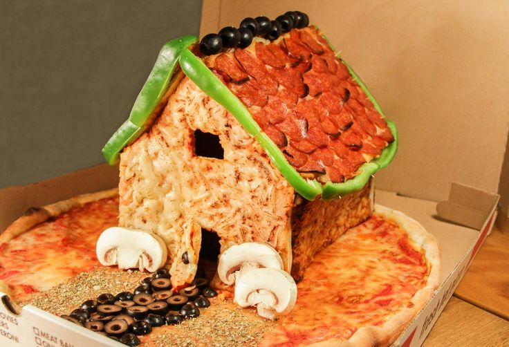 Screw Gingerbread. Behold the Pizza House! #foodee #diy