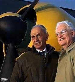 Un pilot roman s-a intalnit dupa 65 de ani cu pilotul american pe care l-a doborat