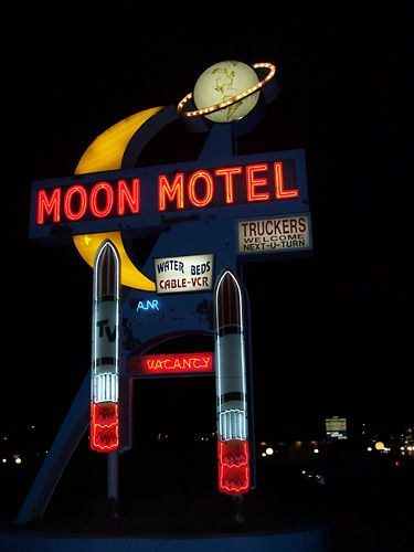 Atompunk Architecture | Googie style signs usually boast sharp and bold angles, which suggest ...