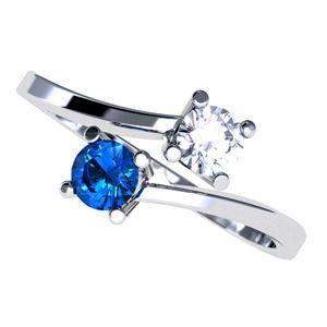 #anillo con #diamnte y #zafiro en #oro blanco de 18k. #joyeriaBogota @EternityJoyeria