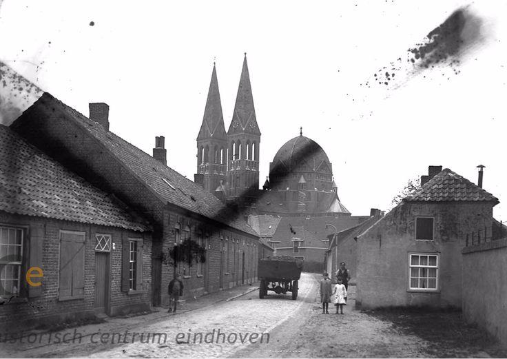 De Heggestraat, richting de Heilige Brigidakerk, 24-04-1936