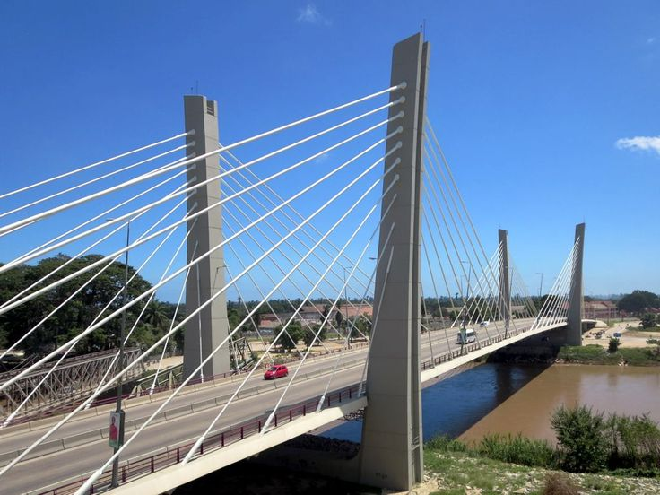 In 2009 a new bridge opened over the Catumbela River between Lobito and Benguela, Angola. The 438-meter bridge was built by a Portuguese company.