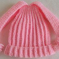 dívčí růžová čepička, ručně pletená; baby pink cap, handmade, knitting