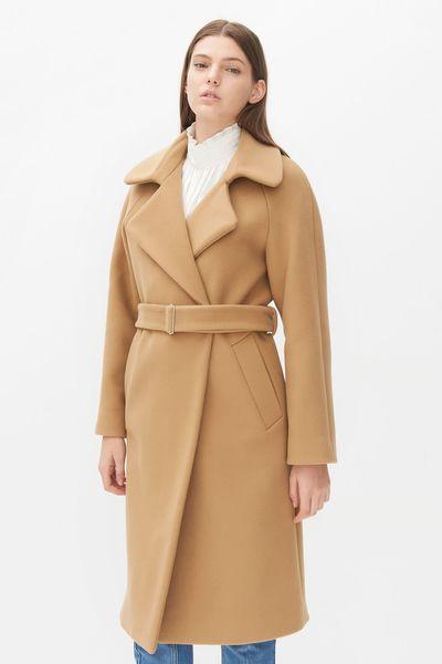 Manteau femme, automne-hiver 2015-2016. Manteau en laine long Malory, Sandro, 445 euros.