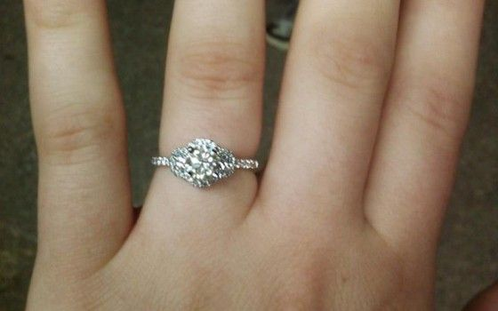 GORGEOUS Shane & Co. Engagement Ring!