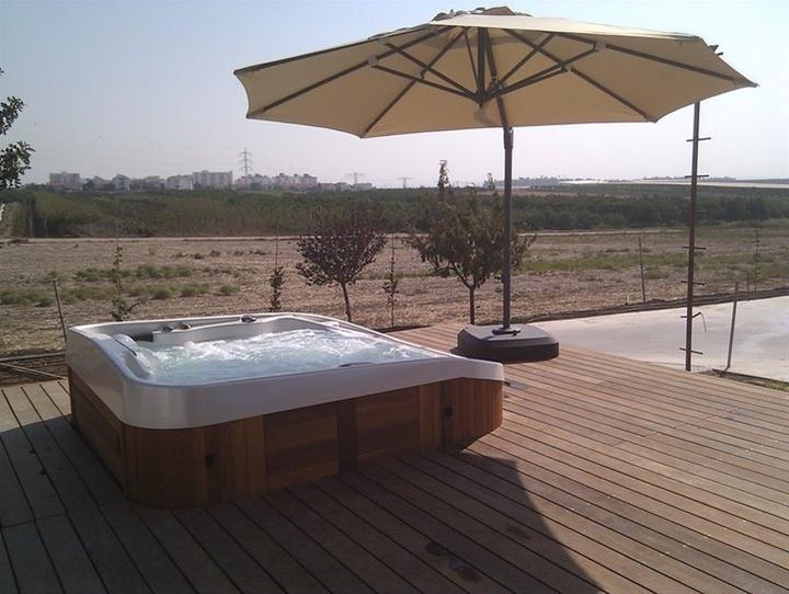 bubbelbaden - zwembad zelfbouw - zwembaden prijzen - prijs zwembad - zwembad bouwen