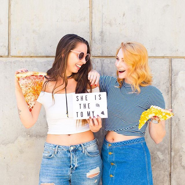 It's National Best Friend Day! Who's the cheese to your pizza? 🍕💛 #mycinemalightbox #lightbox #lightdecor #lightgram #collectivelycreate #flashesofdelight #currentdesignsituation #instaquote #qotd #playwithwords #interiorlovers #simplehome #greatgiftideas #thecreatedcommunity #nationalbestfriendday #nationalbestfriendday2017 #nationalbestfriendsday #bestiesforlife #bestfriendstatus