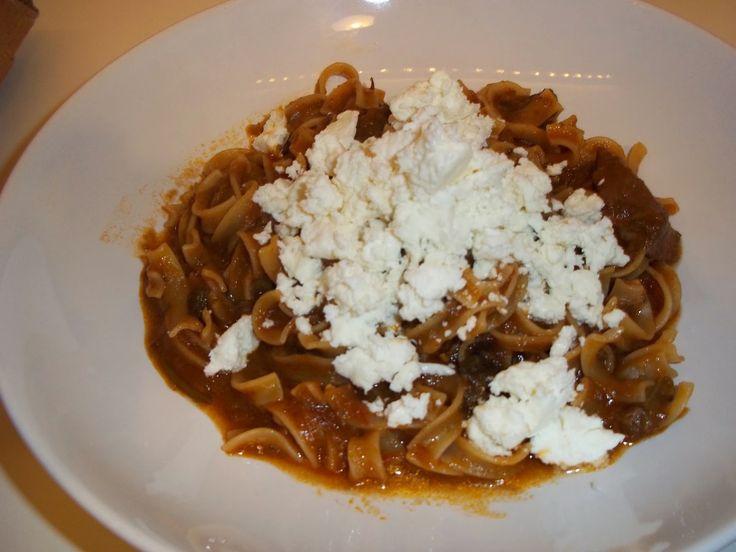 Σκεφτόμουν ότι ήθελα να μαγειρέψω κάτι ξεχωριστό σήμερα... info4foods.blogspot.com: Χυλοπίτες με μοσχάρι,μελιτζάνα και φέτα