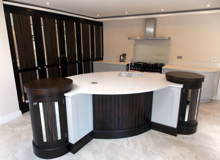 5 Brilliant Black and White Kitchen (From Justwords)