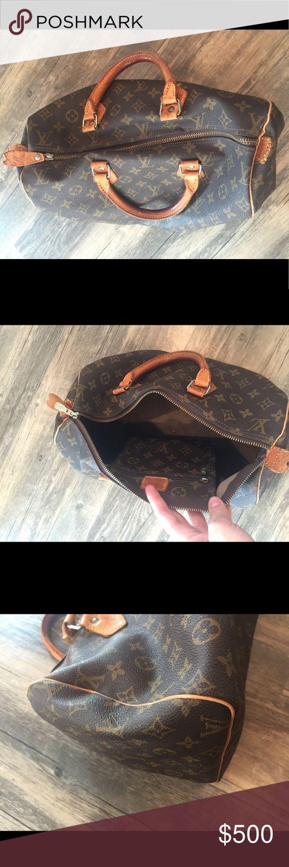 Louis Vuitton Speedy 40 duffle handbag Louis Vuitton Speedy 40 duffle handbag // preowned see pictures for wear Louis Vuitton Bags Satchels