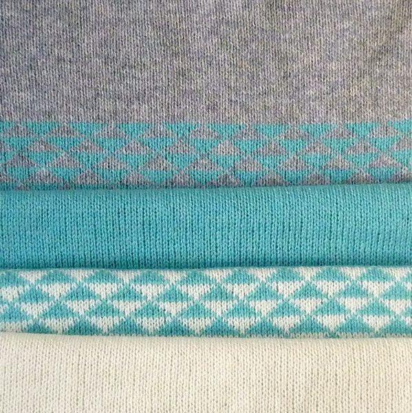 Seafoam triangle snood up close - Miss Knit Nat