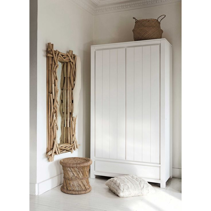 Guardaroba in massello di legno L 110 cm White | Maisons du Monde