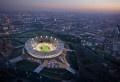 Les architectes des lieux sportifs sont souvent appelés à créer des temples d'athlétisme qui dureront pendant des décennies. Quoi que, le nouveau stade olympique de Londres ne durera, tel qu'il est, que les quelques semaines des jeux olympiques puisque celui a été conçu pour être démonté après les Jeux Olympiques de Londres 2012. Dans le [...]