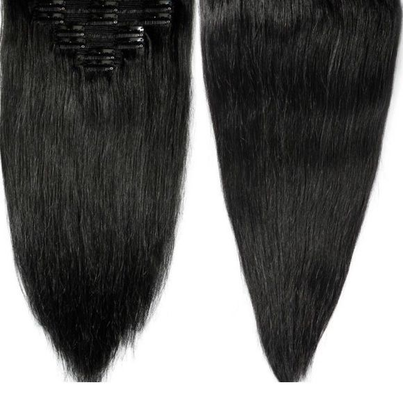 "22"" 160g remy human hair extensions black Black 22"" hair extensions. 160g. Super soft durable and thick! Comes with hair extension organizer/storage Accessories Hair Accessories - Looking for Hair Extensions to refresh your hair look instantly? KINGHAIR® only focus on premium quality remy clip in hair."