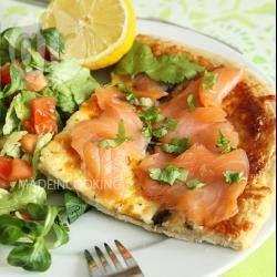 Foto della ricetta: Pizza ai funghi e salmone