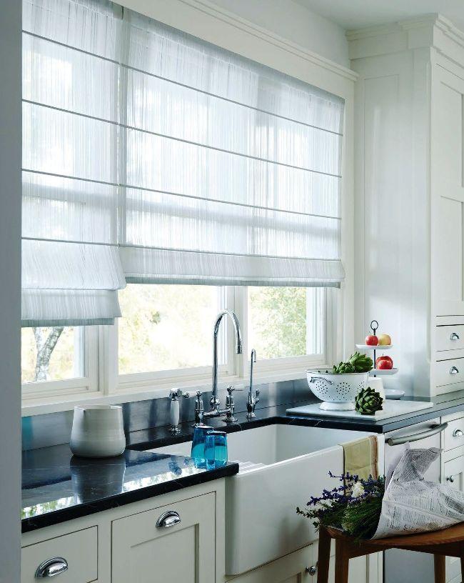 Занавески на кухню (44 фото): практично, модно, стильно http://happymodern.ru/zanaveski-na-kuxnyu-44-foto-praktichno-modno-stilno/ Светлая занавеска пропускает на кухню достаточное количество солнечного света Смотри больше http://happymodern.ru/zanaveski-na-kuxnyu-44-foto-praktichno-modno-stilno/