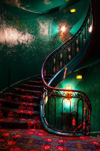 "thatbohemiangirl: "" Maxim's stairs, Paris ""                                                                                                                                                                                 Mehr"