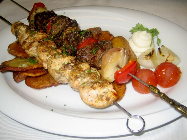 Faroush Helsinki - Very good food and friendly service, Lebanes wine, hmmm, need to try another one... - ★★★★☆
