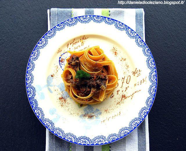 Daniela&Diocleziano: Fettuccine alle castagne con ragù di fegatini e sentori d'arancia