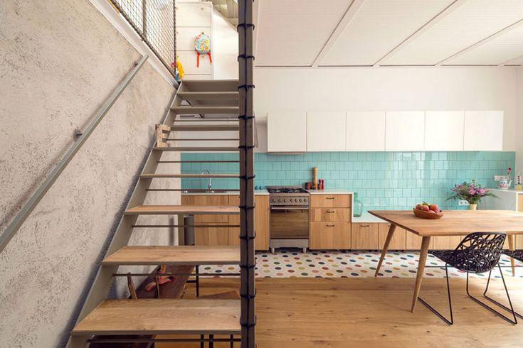 05-cozinha-azulejo-vintage. projetado pelo escritório Nook Architects,