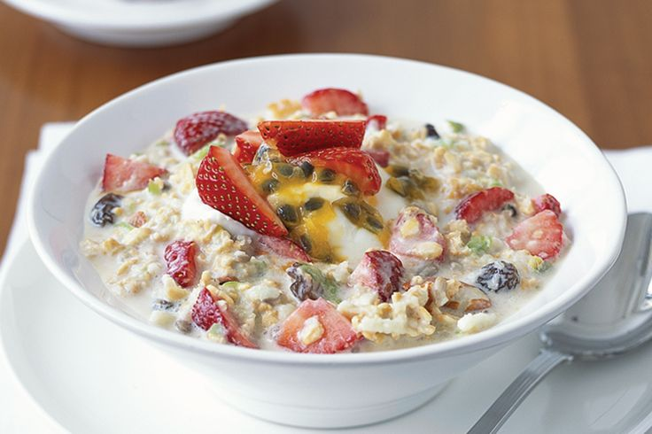 Start off the day the healthy way with a tasty combination of bircher muesli and fresh fruit.