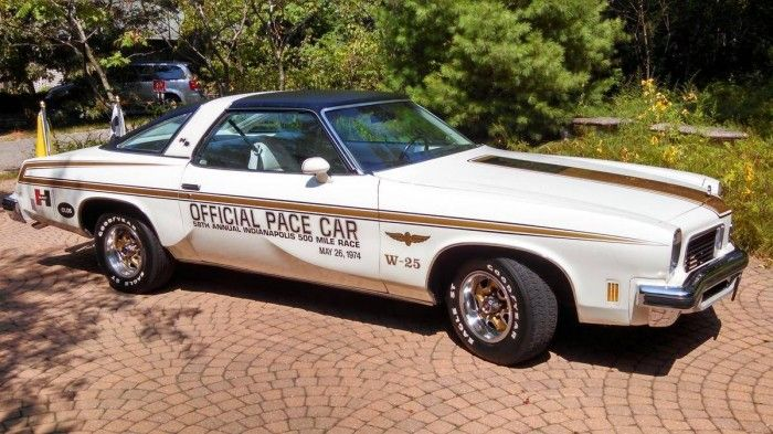 hemmings find of the day 1974 hurst olds pace car finds of the day pinterest cars in. Black Bedroom Furniture Sets. Home Design Ideas