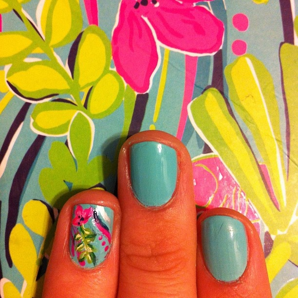 via Instagram @kaitshiels  #nationalwearyourlillydayLilies Nails, Nails Lilly Pulitzer, Accent Nails, Summer Nails, Lilly Nails, Hair Nails, Red Carpets Manicures, Prints Nails, Bright Colors