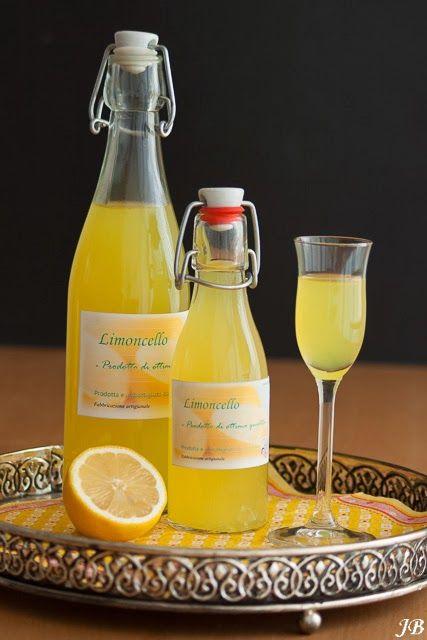 Carolines blog:  zelf je limoncello maken.