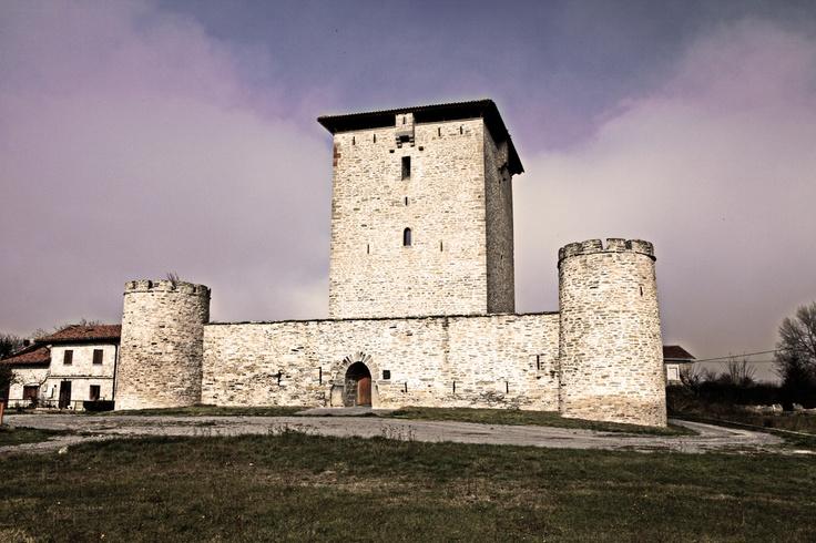 Mendoza Tower (Araba)