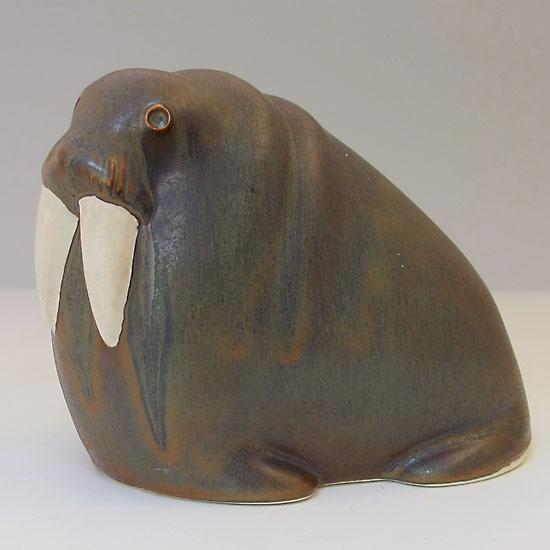 Arabia Finland vintage walrus - Taisto Kaasinen