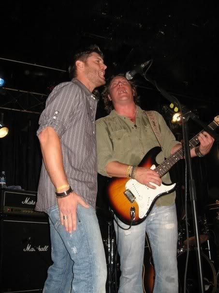 Sing it Jensen!   Supernatural Obsession   Sam, dean ...