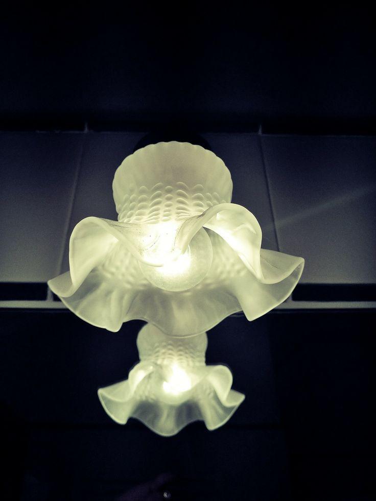 Piccoli dettagli, rendono unica l'atmosfera.  Questa è la lampada del bagno. Tiny details for a unique atmosphere. This is our bathroom. http://www.montecorneo.com/