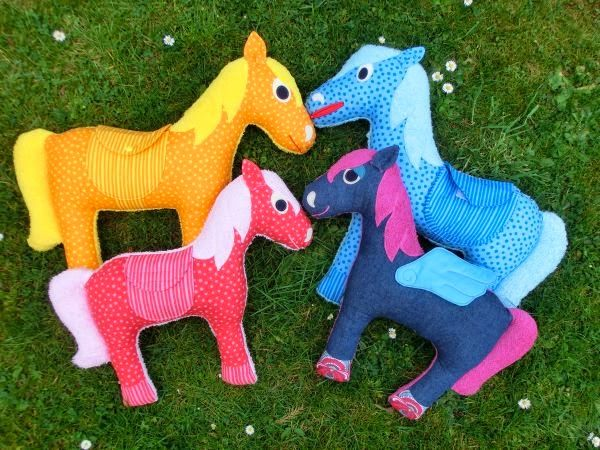Cuddly Pony tutorial and free PDF pattern | Sewing/Clothing Projects ...
