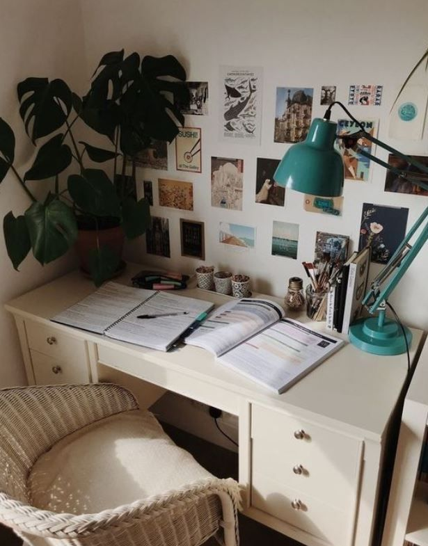 15 Cute Work Study Inspiration Setup You Need To Copy Feminine Buzz In 2020 Dorm Room Organization Aesthetic Rooms School Desk Organization
