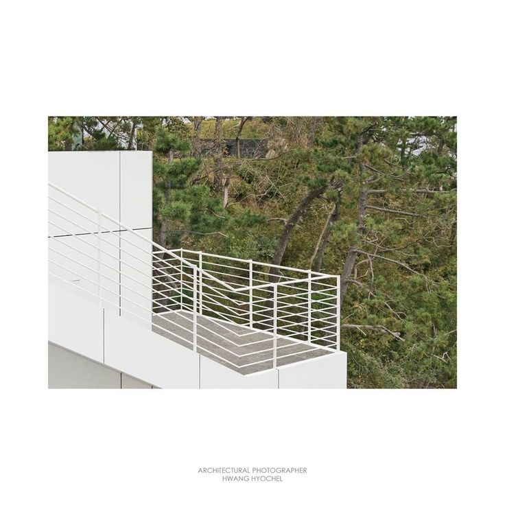 http://www.richardmeier.com/?projects=hh-resort-and-spa-2