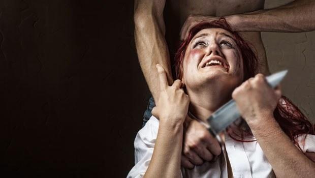 Kadına Taciz ve Şiddet.. - İlk 2 bölümü okumak isteyenler için:Özgecan, Kadınlarımız ve 8 Mart Dünya Kadınlar GünüTürkiye'de