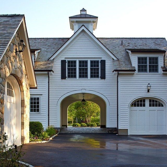 1000 ideas about porte cochere on pinterest front doors for Porte cochere homes