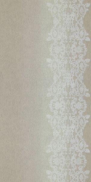 Tapet med fint spetsmönster från kollektionen Mirage 49803. Klicka för fler fina tapeter för ditt hem!
